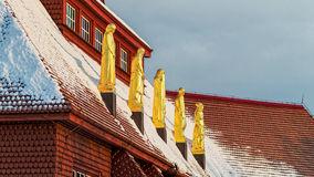 estatuas-de-la-iglesia-roja-en-kiruna-51758604